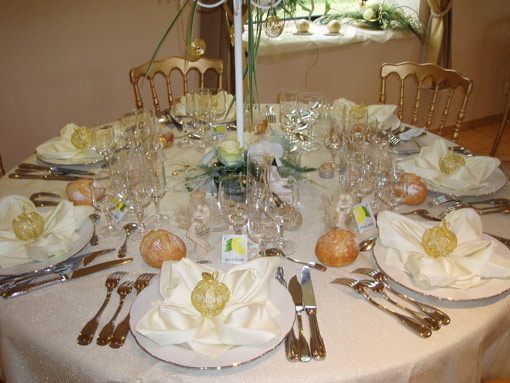 38-table-interieur-salle.jpg