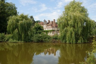 Description: Domaine de la Petite Haye dans l'Eure : Location de salle et hébergement pour cérémonies et séminaires Auteur: